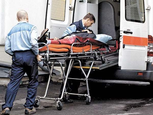 Госпитализация пострадавшего на машине скорой помощи
