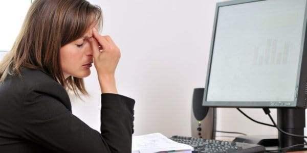 Синдром сухого глаза, симптомы и лечение.