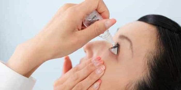 Закапывание глазных капель