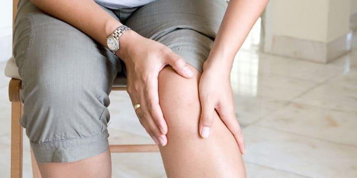Возникновение боли в коленном суставе при движении