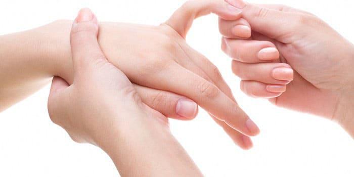 Возникновение хруста в суставах пальцев кисти